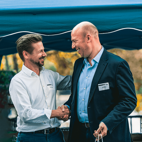 Mark Brauch, Director Digital Directmarketing bei PAYBACK und Nikolaus von Graeve freuen sich auf die Zusammenarbeit